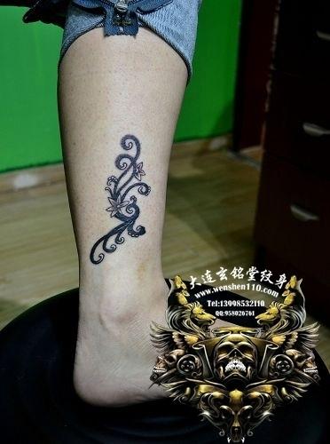 男生纹脚脖子的纹身 简单纹身脚脖上图片图片 (372x500)-最新最全图片